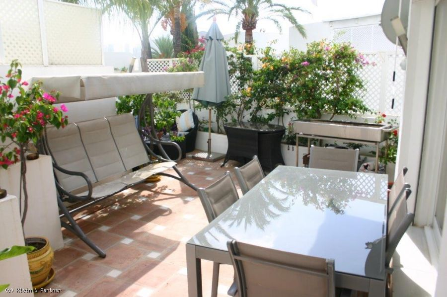 First Floor Apartment at Jardines Colgantes Marbella Hill Club