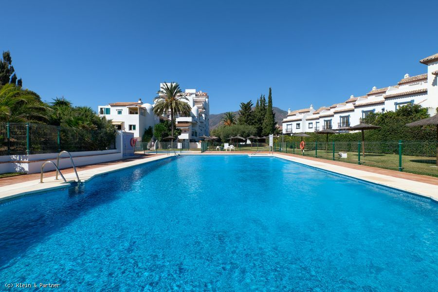 Front Line Beach Fully Renovated Duplex Penthouse in Bahia de Estepona