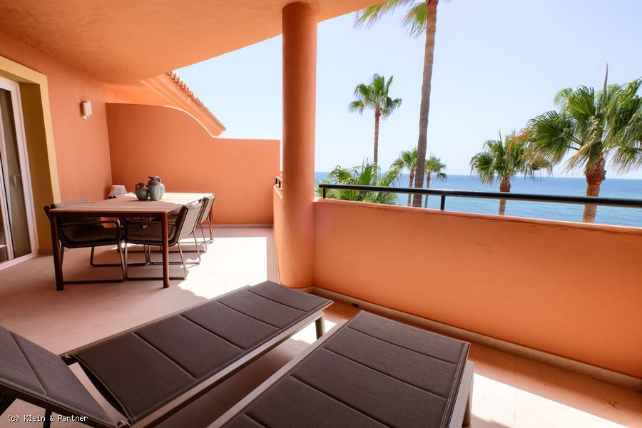 Renovated Frontline 3 Bedroom Top Floor Penthouse in Urb. Bermuda Beach