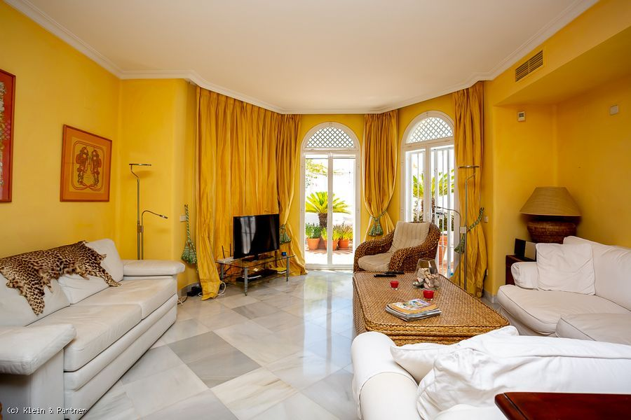 Beautiful 3 Bedroom Apartment Jardines Colgantes in Marbella Hill Club