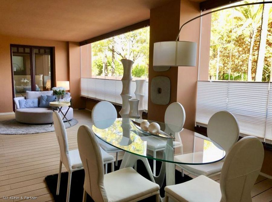 Luxury Frontline Beach Apartment for sale in Casablanca Beach