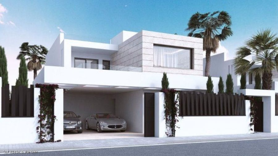 New Development 7 Villas de Vasari in Altos de Puente Romano