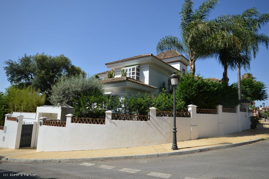 Villa for sale Royal Heights Altos Reales