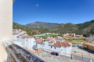3 Bedroom Townhouse in Benahavis Pueblo
